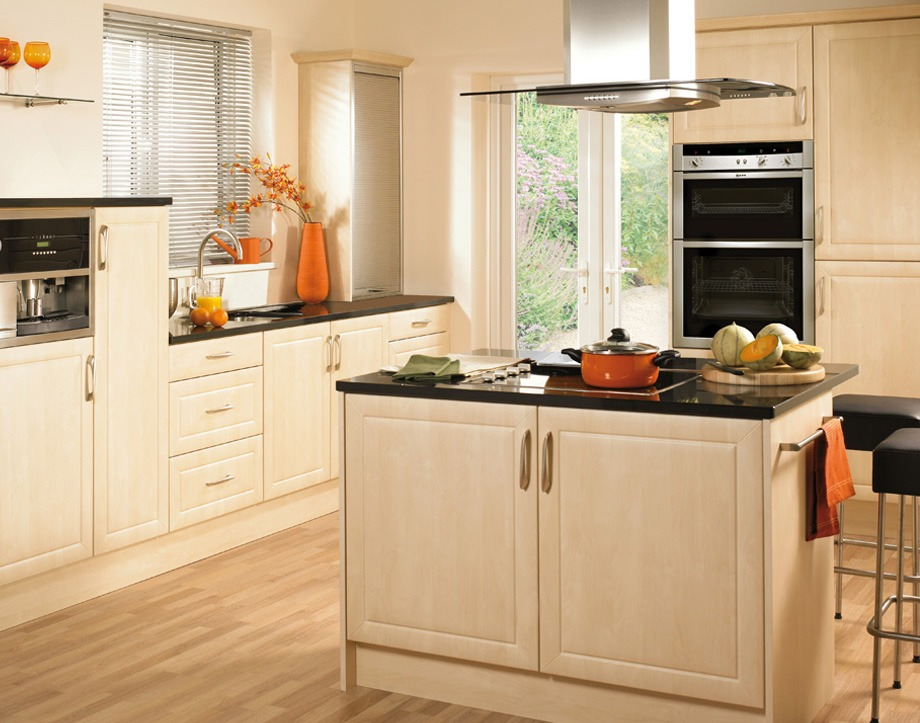 Complete fitted kitchens reface scotland for Complete new kitchen